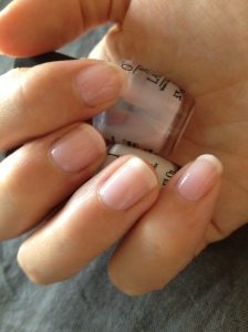 French Manucure Nude OPI 3