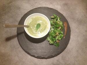 Le velouté de courgettes et fromage frais - It's Her Mess (2)