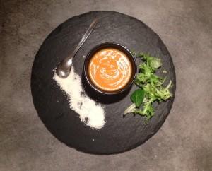 Le velouté coco carottes et sa pointe de coriandre - It's Her Mess