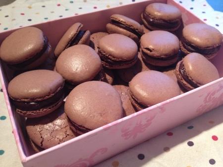 Les macarons au chocolat - It's Her Mess (4)