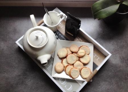 Macarons hollandais au caramel au beurre salé - It's Her Mess (5)