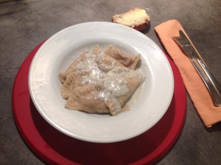 Ravioles au poulet, noix et roquefort - It's Her Mess (8)