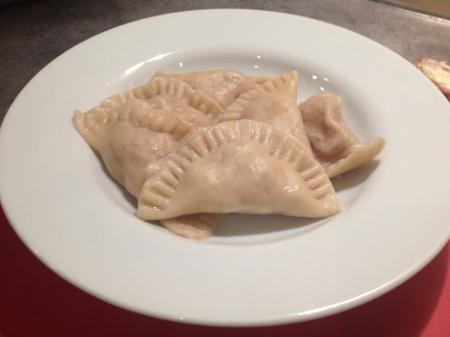 Ravioles au poulet, noix et roquefort - It's Her Mess