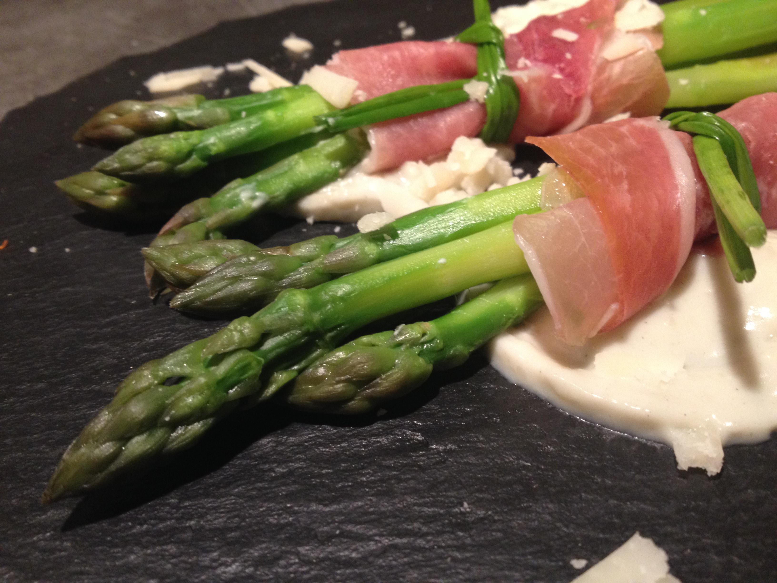 Cuisiner asperge verte inspiration de conception de maison - Comment cuisiner les asperges blanches ...
