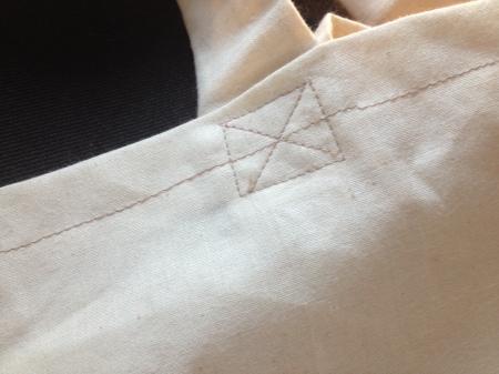 DIY - Tote Bag et peinture sur tissus - It's Her Mess (1)