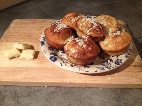 Muffins Rhubarbe Chocolat blanc - It's Her Mess (1)