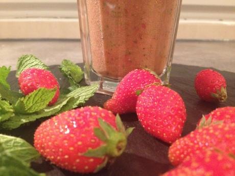 Le smoothie (Fraises, cerises, pommes, menthe) - It's Her Mess (5)