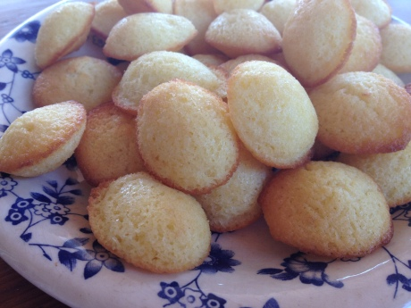 Petites madelaines au citron - It's Her Mess (1)